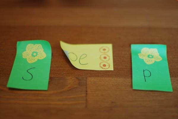 Woorden maken met sticky notes