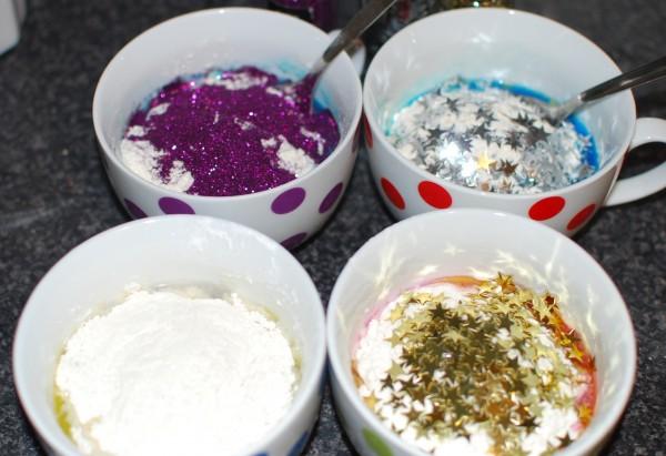 DIY Frozen klei met glitters