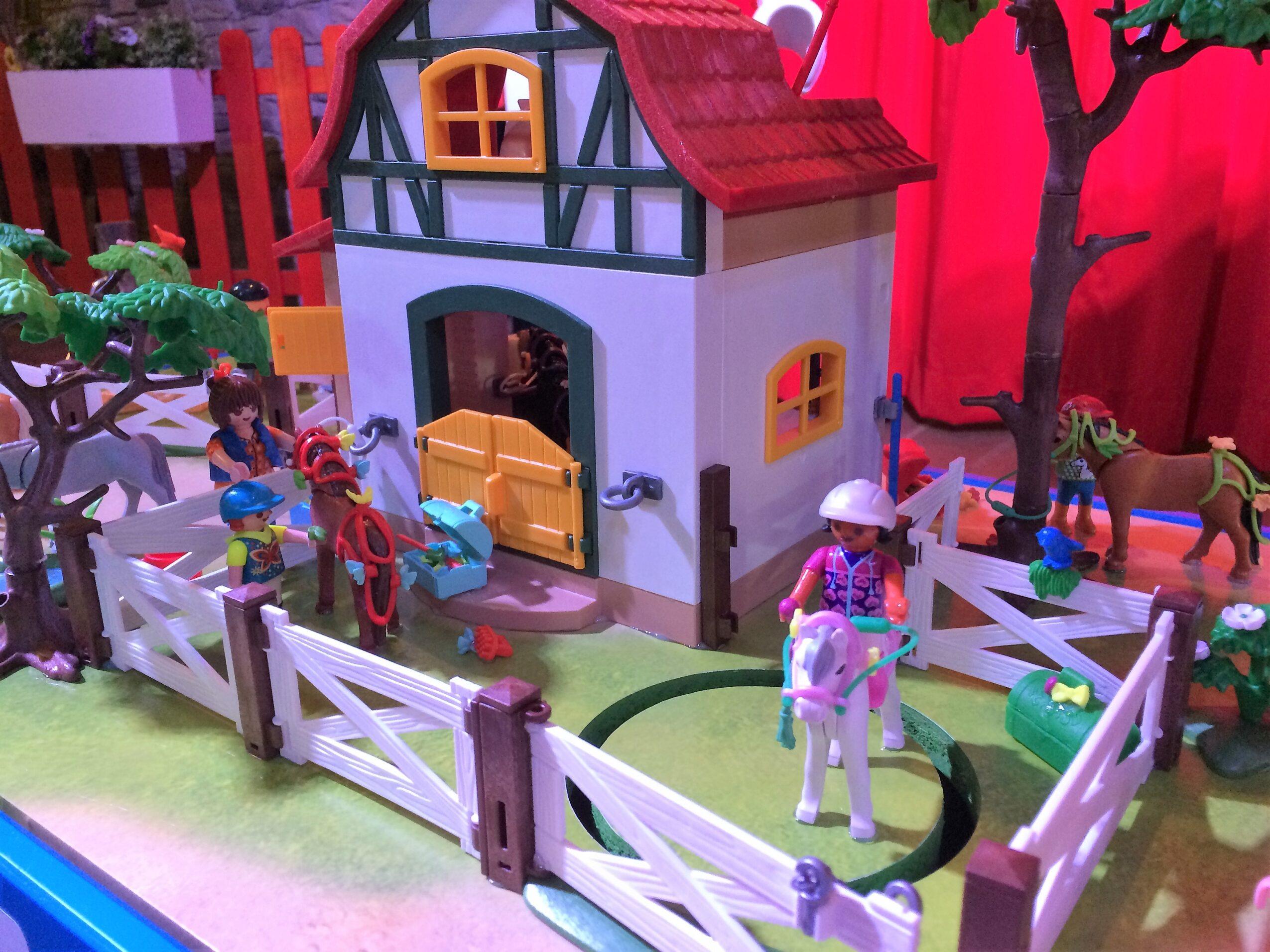 P's van Playmobile