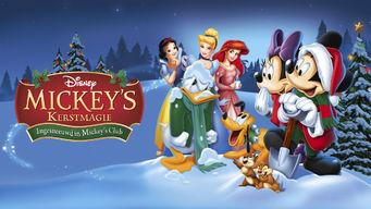 Mickeys-kerstmagie-Ingesneuwd-in-Mickeys-club
