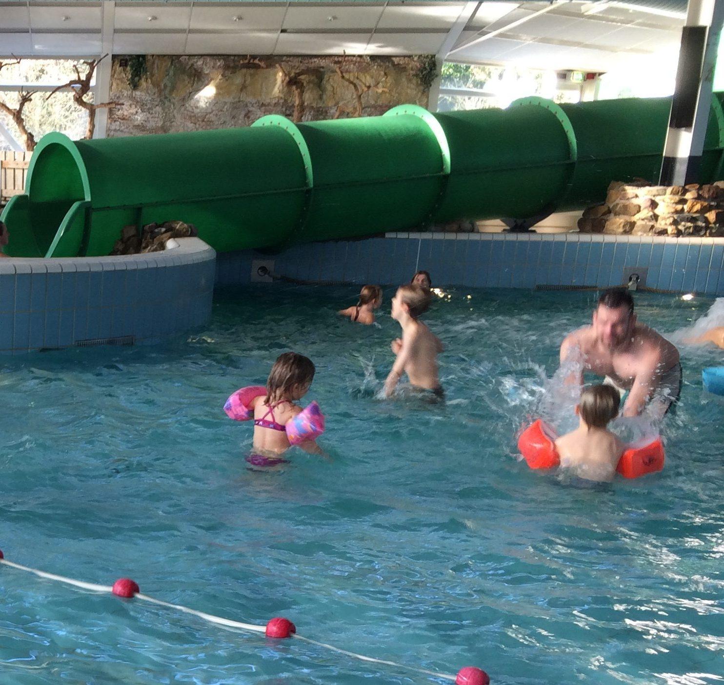 Zwembad Roompot Vakantiepark Weerterbergen